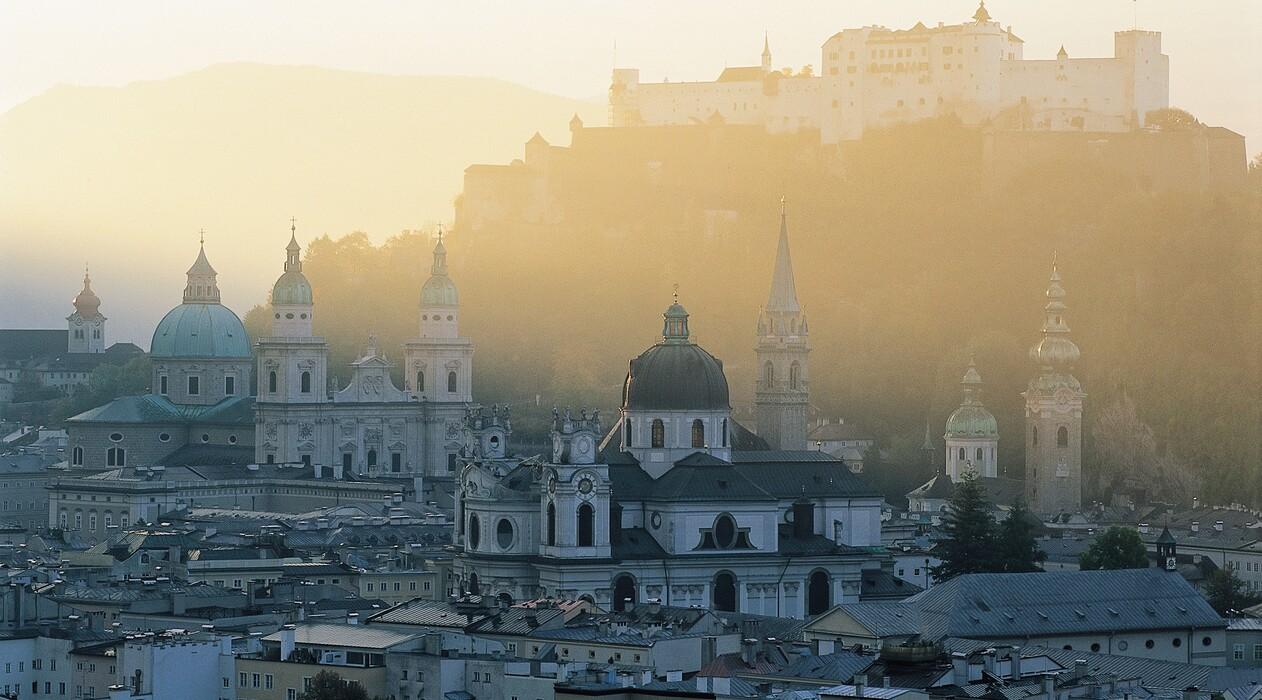 Herbsturlaub in der Stadt Salzburg - Blick auf die Festung Hohensalzburg