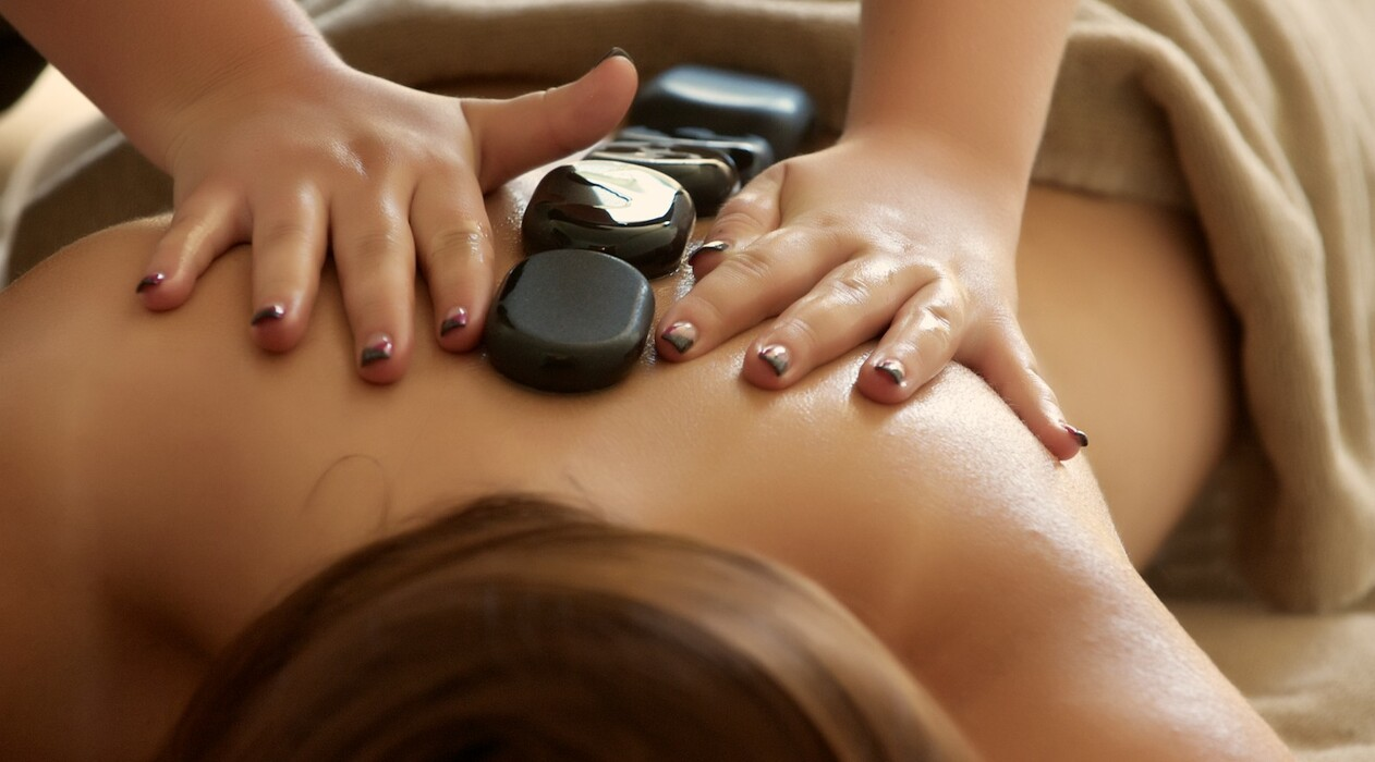 Massageangebot: Hot Stone Massage