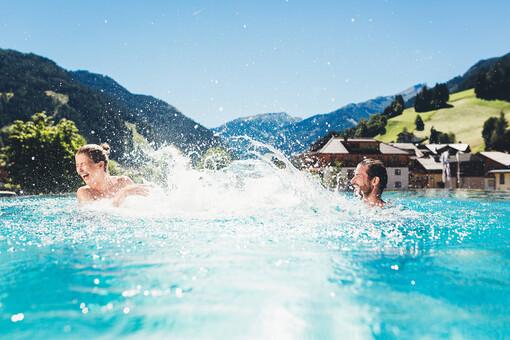 Sommerurlaub im Hotel Nesslerhof, Ihr Hotel mit Pool